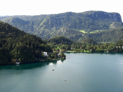 3日目(8/24):スロヴェニア アルプスの瞳「ブレッド湖」(3) ブレッド城_a0039199_20544581.jpg