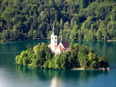 3日目(8/24):スロヴェニア アルプスの瞳「ブレッド湖」(3) ブレッド城_a0039199_20554313.jpg