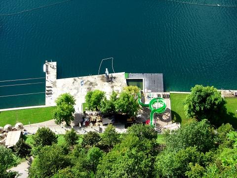 3日目(8/24):スロヴェニア アルプスの瞳「ブレッド湖」(3) ブレッド城_a0039199_20565188.jpg
