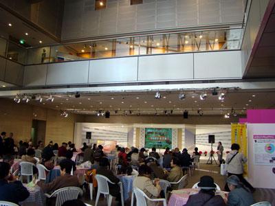 NHKロビーのランチコンサート_a0047200_2046458.jpg