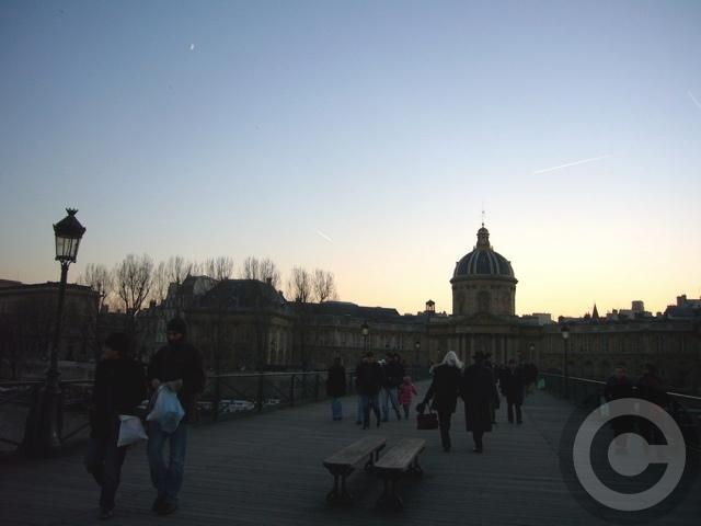 ■冬の芸術橋の上から(パリ)_a0008105_5445963.jpg