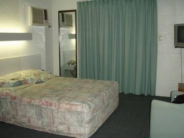 Australia Motels_c0032193_10464856.jpg