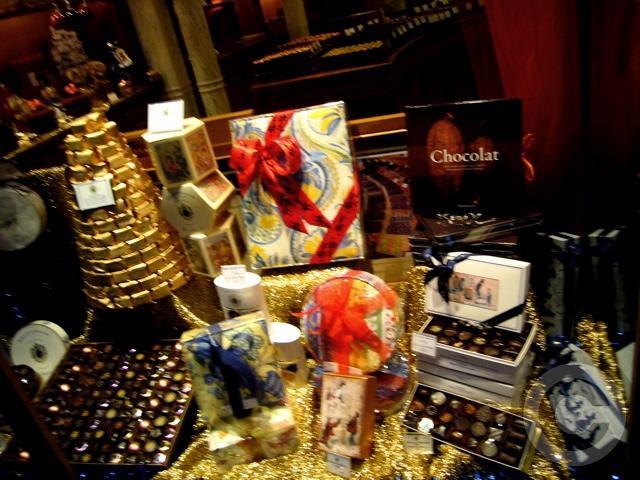 ■街角のCHOCOLAT(ショコラ、チョコレート)_a0014299_2044541.jpg
