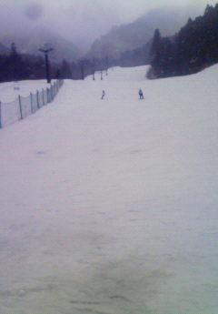 12月21日(金) ・・・ スキー場営業中!_f0101226_1244938.jpg