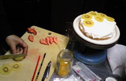 ケーキをつくってみました_f0017696_15184533.jpg