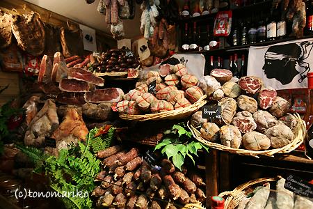 KIKIちゃんとクリスマスマーケット_c0024345_12163377.jpg