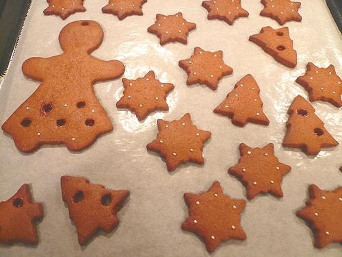 クリスマスのお菓子ⅱ ミニマリアのジンジャーマンクッキー。。。.☆*:.。.☆*†_a0053662_015638.jpg