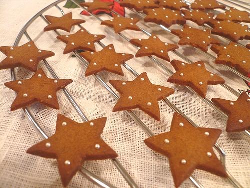 クリスマスのお菓子ⅱ ミニマリアのジンジャーマンクッキー。。。.☆*:.。.☆*†_a0053662_053183.jpg