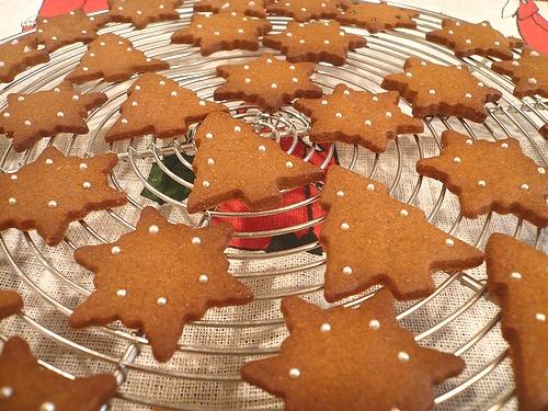クリスマスのお菓子ⅱ ミニマリアのジンジャーマンクッキー。。。.☆*:.。.☆*†_a0053662_065984.jpg