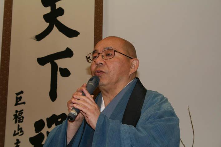 北鎌倉で坐禅三昧―目的は体と心を十分に使いこなすため―_c0014967_1954834.jpg