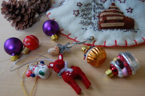 一昨年の手作りクリスマス・リース見つけた!_d0129786_16174959.jpg
