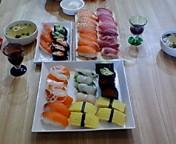 握り寿司とプレゼント_b0068017_2230340.jpg