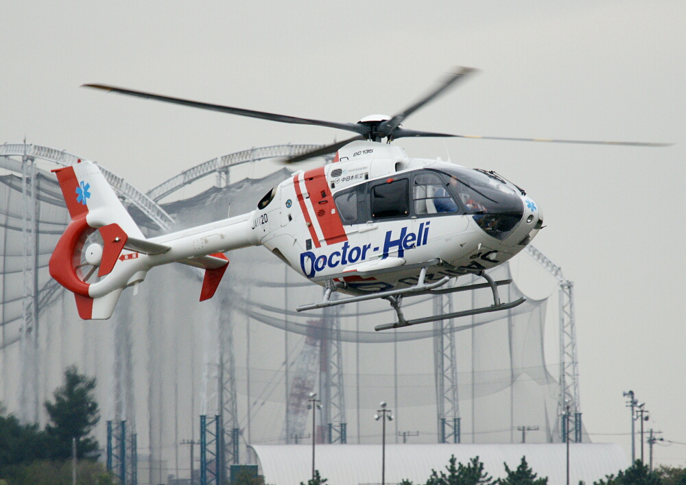 JA112D ユーロコプター EC135P1_d0137627_1312515.jpg