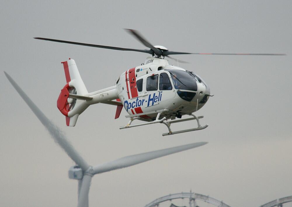 JA809H ユーロコプター EC135P2_d0137627_0412770.jpg