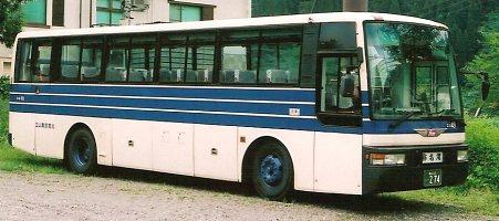 高原バスが行く_e0030537_2441875.jpg