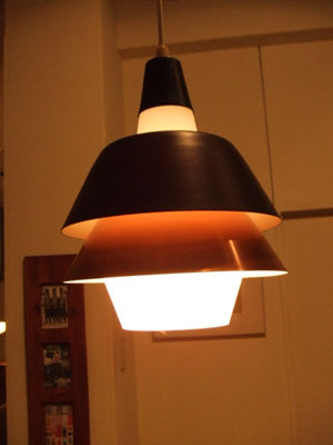 Pendant light (Denmark)_c0139773_16262867.jpg
