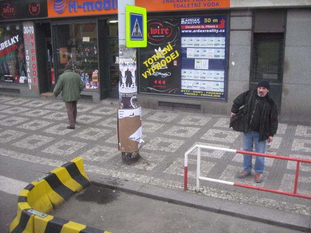 プラハの街角~バスの車窓から_d0101846_14221377.jpg