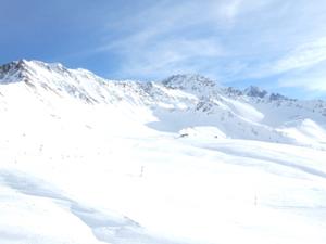 フランス・シャモニ・スキー旅行 第一日目 _e0030586_1020242.jpg