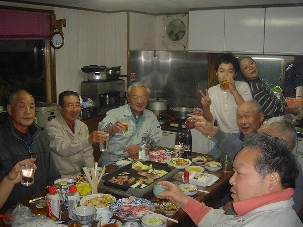 〆なえ作り    仕事納め(肉分け)会議_b0092684_15515030.jpg