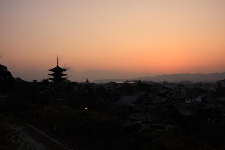 夕景を見ながら_e0051888_9382443.jpg