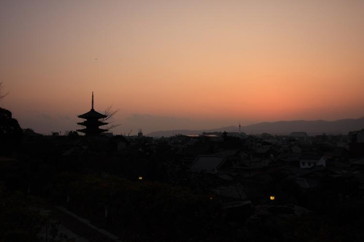 夕景を見ながら_e0051888_9383265.jpg