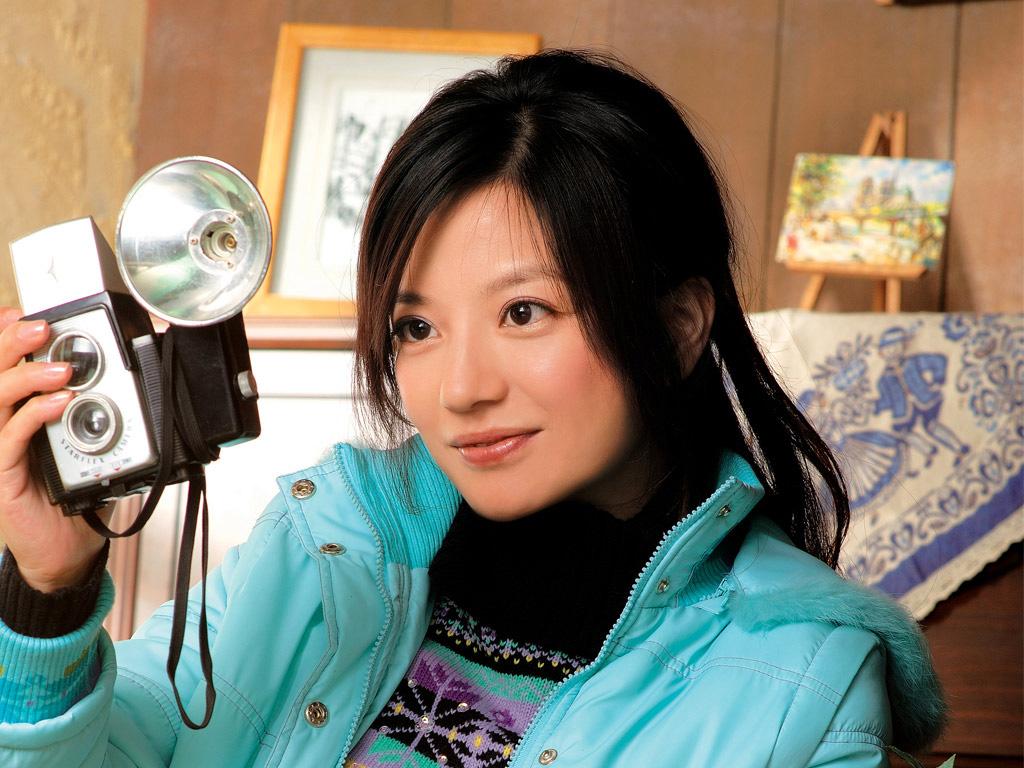 ヴィッキー・チャオ 趙薇 チャオ・ウェイ Vicki Zhao 8YouTube動画>25本 ->画像>11枚