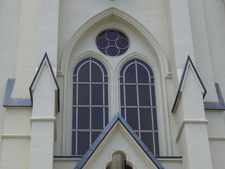 カトリック久留米教会_c0112559_1042142.jpg