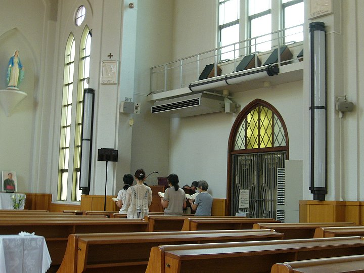 カトリック久留米教会_c0112559_10445831.jpg