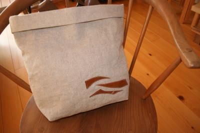 今年初めてのバッグは・・・_a0102486_16384636.jpg