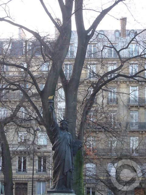 ■新年のリュクサンブルグ公園(パリ)_f0063227_923276.jpg