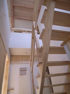 「大高町の家」 玄関ホールの階段  _f0059988_18584445.jpg