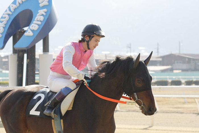 2008年1月6日(日) 福山競馬 5R_a0077663_924175.jpg
