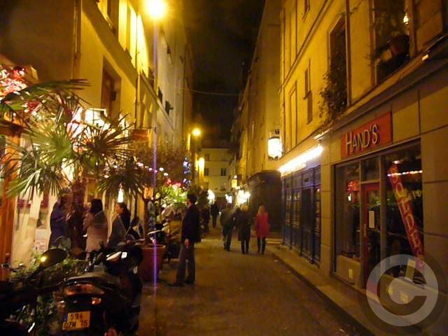 ■禁煙法施行後の街角で(パリ)_a0008105_5424335.jpg
