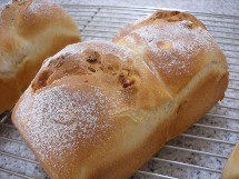 Pain au maïs et Soupe à l\'oignon  とうもろこしのパンとオニオングラタンスープ _f0121752_125530.jpg