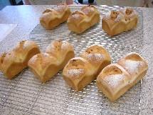 Pain au maïs et Soupe à l\'oignon  とうもろこしのパンとオニオングラタンスープ _f0121752_154186.jpg