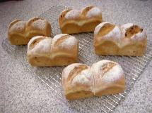 Pain au maïs et Soupe à l\'oignon  とうもろこしのパンとオニオングラタンスープ _f0121752_18154.jpg