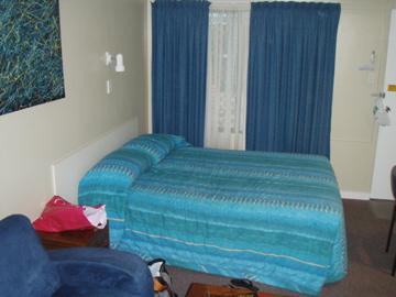 Australia   Innisfail  Moondarra Motel_c0032193_6422319.jpg