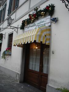 フィレンツェで安くて旨い店を探すなら~サンフレディアーノ地区_f0106597_1758263.jpg