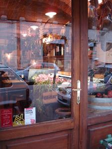 フィレンツェで安くて旨い店を探すなら~サンフレディアーノ地区_f0106597_1759328.jpg