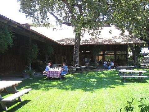 今年最初のワインは、Santa BarbaraのRohneブレンドを@ZACA MESAWinery & Vineyards 2003 Z Cuvee_c0013687_210513.jpg