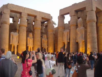 最後に訪ねたルクソール神殿(Luxor Temple)_d0100880_22393242.jpg