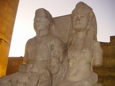 最後に訪ねたルクソール神殿(Luxor Temple)_d0100880_22395169.jpg