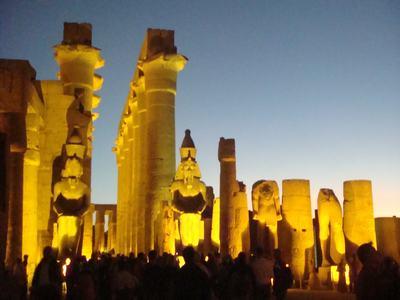 最後に訪ねたルクソール神殿(Luxor Temple)_d0100880_2243366.jpg