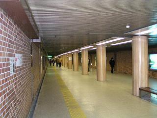 テレビ塔下-バスセンター前駅地下連絡通路_f0078286_15121025.jpg