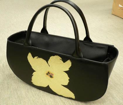 こんなバッグも紹介されます!_c0145608_9475936.jpg