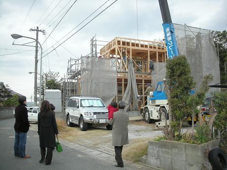 博多区で上棟でした。_c0079640_1712524.jpg