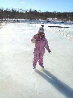 初めてのスケート。_b0047734_19533932.jpg