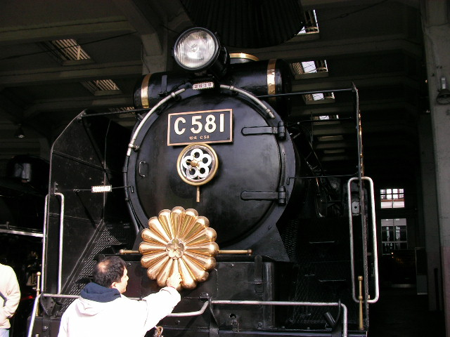梅小路 蒸気機関車館_a0066027_2274232.jpg