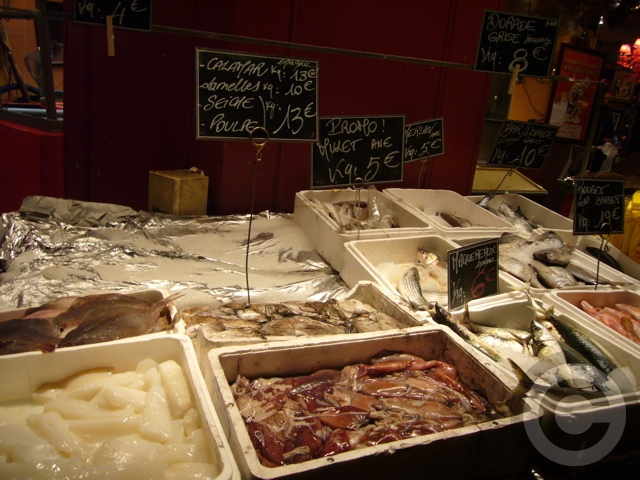 ■街角の魚屋(パリ)_a0014299_2119497.jpg