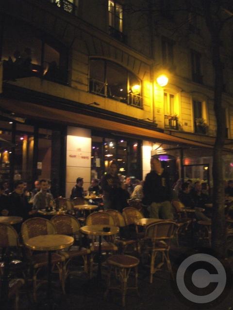 ■街角のキャフェ(パリ)_a0014299_945833.jpg